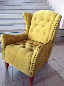 Желтая мягкая мебель - фото - 33812