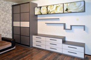 Горки, секции, мебельные стенки - фото - 21407