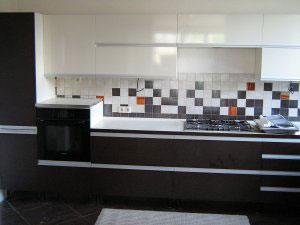 Кухни с профильными ручками - фото - 23260