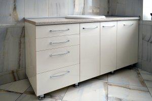 Бежевая и желтая мебель для ванной - фото - 23273