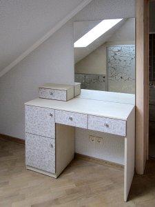 Туалетный столик с зеркалом - фото - 23313