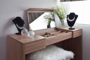Туалетный столик с зеркалом - фото - 23430