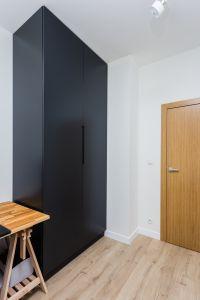 Черные распашные шкафы - фото - 30194