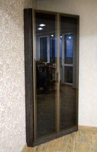 Шкафы распашные со стеклом - фото - 31153