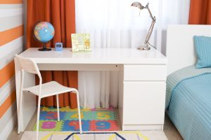 Столы в детскую - 31371
