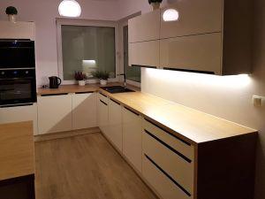 Кухни для частного и загородного дома - фото - 31424