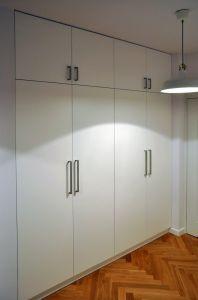 Распашные шкафы в прихожую - фото - 31677