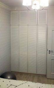 Классические распашные шкафы - фото - 31679