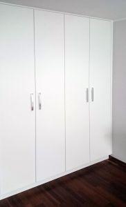 Распашной шкаф в спальню - фото - 31755