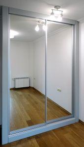 Шкафы-купе с зеркалом - фото - 32786