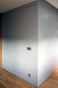 Серые распашные шкафы - фото - 33295