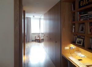 Распашные шкафы в прихожую - фото - 33312