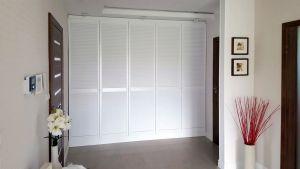 Классические распашные шкафы - фото - 33332
