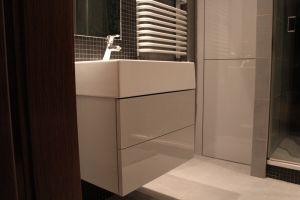 Серая мебель для ванной - фото - 33542