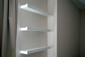 Белые полки - фото - 35242