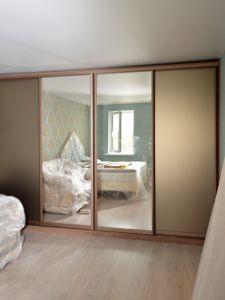 Шкафы-купе с зеркалом бронза - фото - 35245