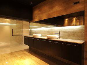 Мебель для ванной цвета венге - фото - 6459