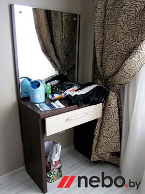 Туалетный столик с зеркалом - фото - 5820