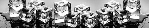 Скинали - Кубики льда на зеркальной поверхности