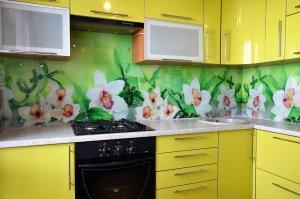 Бамбук для скинали в интерьере кухни - 22802