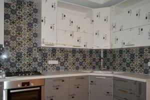 Узор для скинали в интерьере кухни - 22851