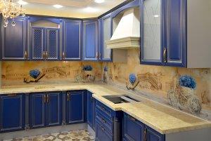 Венеция для скинали в интерьере кухни - 23476