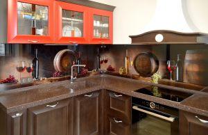 Бокалы для скинали в интерьере кухни - 29213