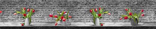 Скинали - Тюльпаны в вазах на столе