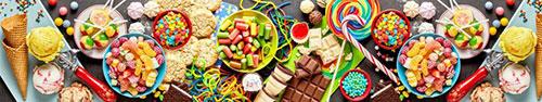 Скинали - Разноцветные сладости на столе
