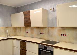 Стена в трещинах для скинали в интерьере кухни - 31066
