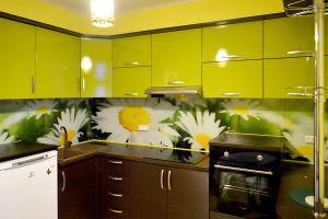Ромашки для скинали в интерьере кухни - 31264