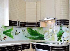Бабочки для скинали в интерьере кухни - 32561