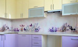 Лаванда для скинали в интерьере кухни - 33351