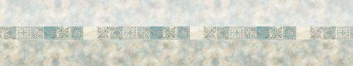 Скинали - Полоса декоративной плитки на светлом фоне