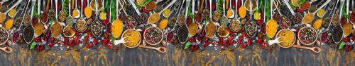 Скинали - Разнообразие специй на столе