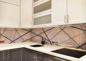 Линии, полосы для скинали в интерьере кухни - 34802