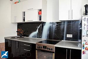 Водопады для скинали в интерьере кухни - 21948