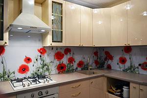 Маки для скинали в интерьере кухни - 22120