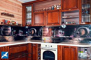 Бокалы для скинали в интерьере кухни - 21925