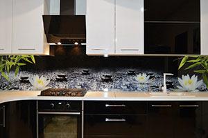Лотосы для скинали в интерьере кухни - 22448