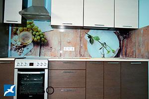 Древесина для скинали в интерьере кухни - 21856