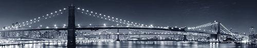 Скинали - Бруклинский мост над водной гладью в черно-белых тонах