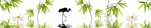 Скинали - Силуэт журавля в воде с бамбуком и лотосами
