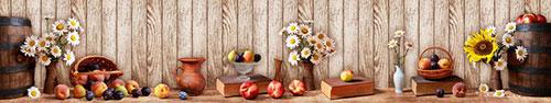 Скинали - Летний натюрморт с фруктами и цветами на фоне деревянной стены