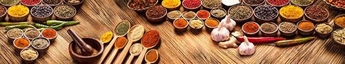 Скинали - Различные индийские специи на столе