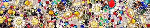 Скинали - Мозаика из камушков и украшений