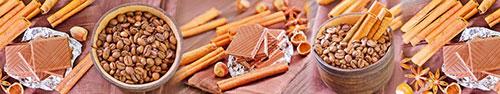 Скинали - Шоколад, зерна кофе, палочки корицы на столе