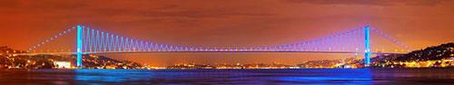 Скинали - Босфорский мост ночью в Стамбуле