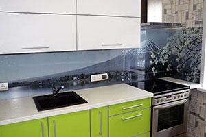 Цветы сакуры для скинали в интерьере кухни - 22224
